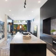 Kitchen Design Quartz 西安家装 厨房设计效果大全 简书 厨房为我们提供一日三餐营养所需 它的装修设计特别重要 不少人只顾着把厨房装修得非常实用 却忽略了它有可能有很多种美的可能 今天我们就来说说厨房装修色彩搭配的