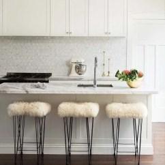 Kitchen Backsplash Design Solid Surface Sinks 100个厨房软装饰设计布置方案 润柏家 简书 Mcintosh Moorman室内设计向我们展示 与白色搭配的大理石可以是一个令人难以置信的别致厨房组合 特别是那个平铺的大理石后挡板