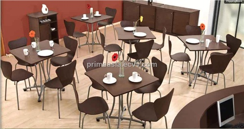 restaurant table set from