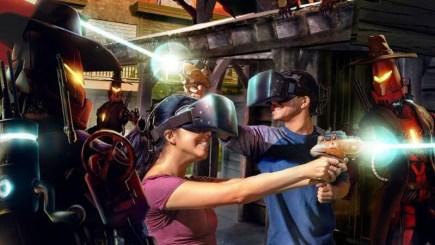 """Những pha tai nạn """"cười chảy nước mắt"""" – Đây là lý do vì sao VR vui hơn AR"""