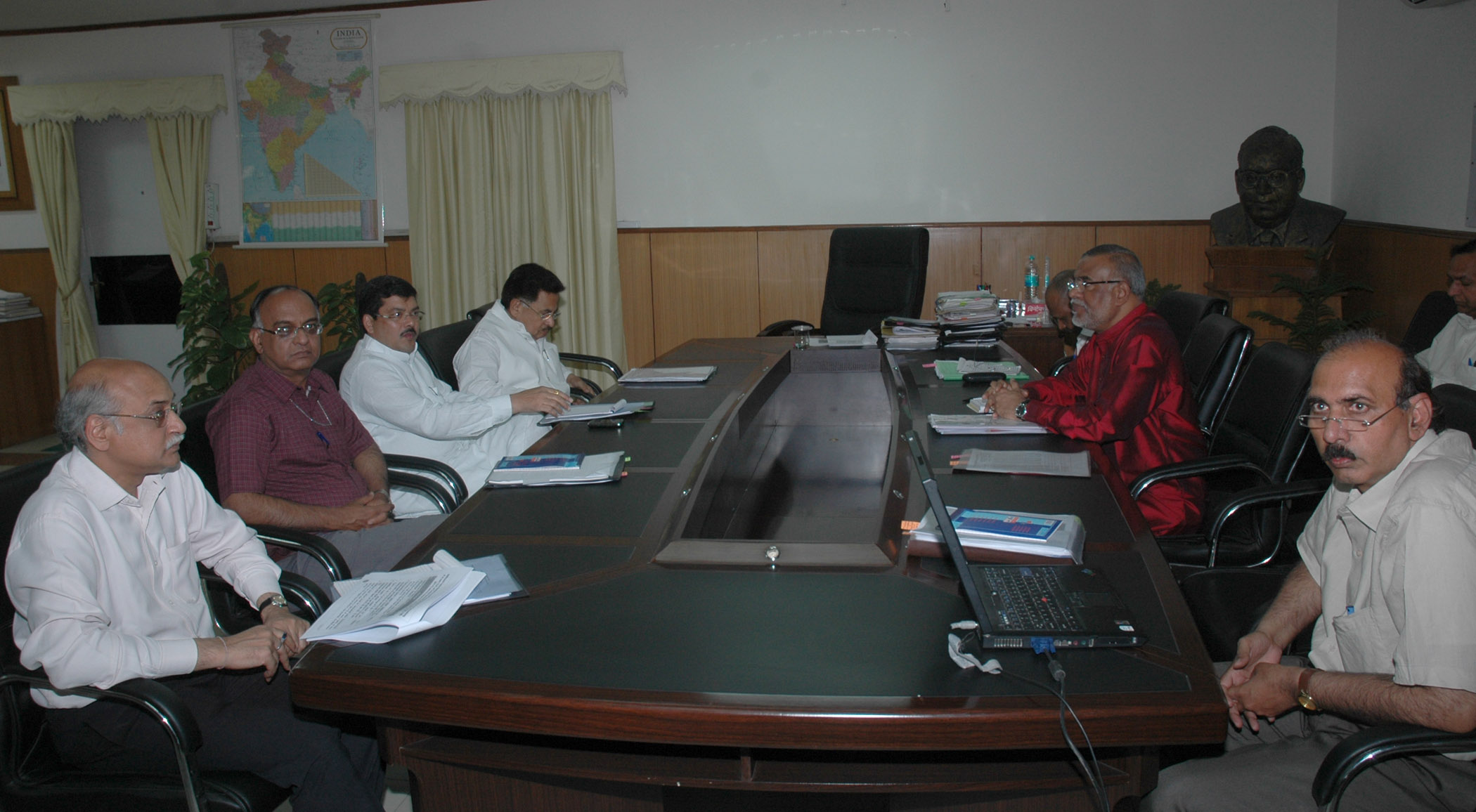 what is a chairperson in meeting table and chair rentals houston file mukul wasnik holding with the ncsc dr p l