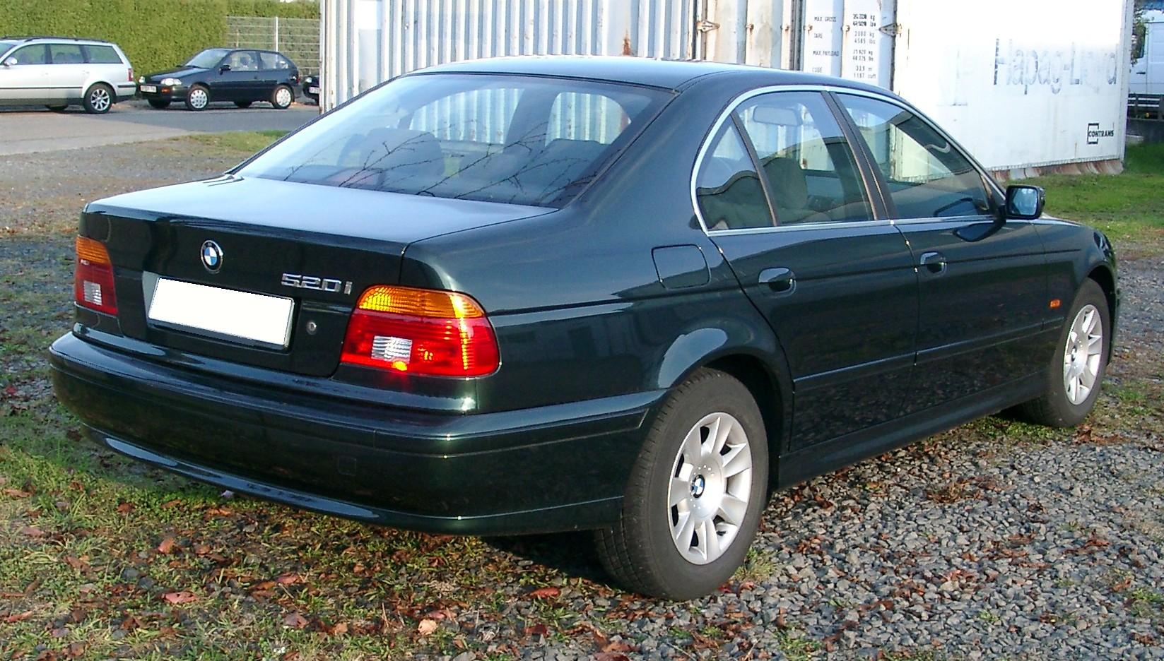 hight resolution of e39 sedan rear
