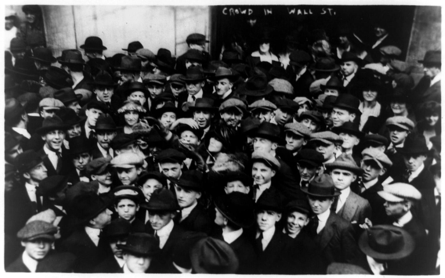 FileCurb brokers in Wall Street New York City 1920jpg