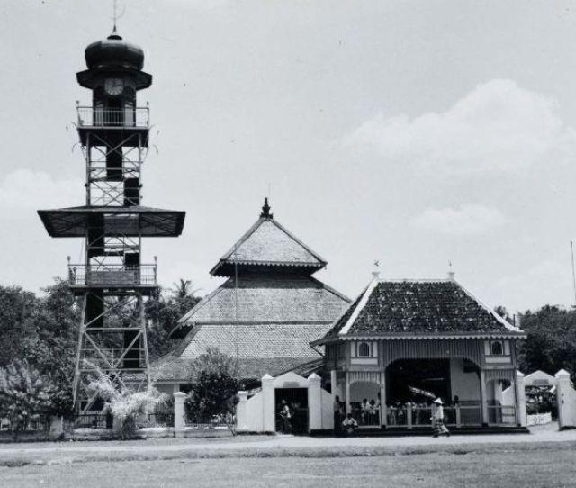Filecollectie Tropenmuseum De Moskee Van Demak Tmnr  Jpg
