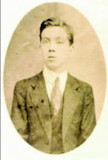 Photograph of Mexican writer Jorge Cuesta
