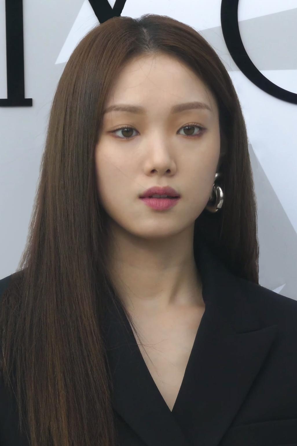 Download Weightlifting Fairy Kim Bok Joo Sub Indo : download, weightlifting, fairy, Sung-kyung, Wikipedia
