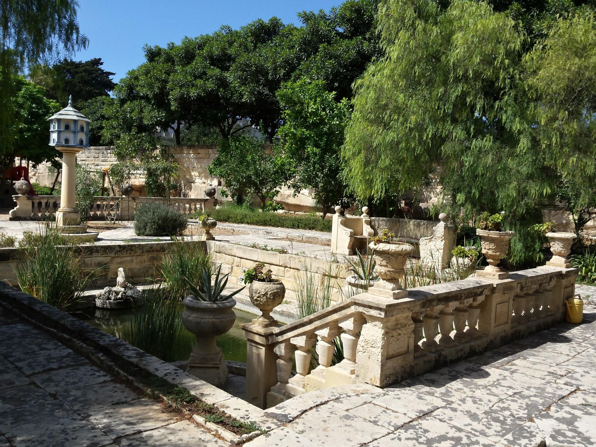 hight resolution of file sunken pond new garden villa bologna 08 9 2014 jpg