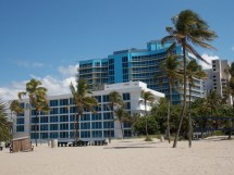 File Ocean Resort Fort - Wikimedia Commons