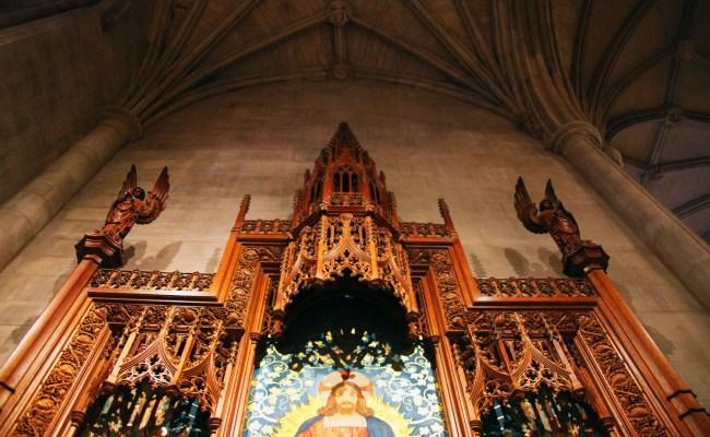 File Upper Altar 01 Holy Spirit Chapel National