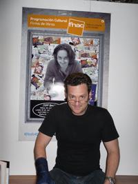 English: Jeff mimicking himself sitting in fro...