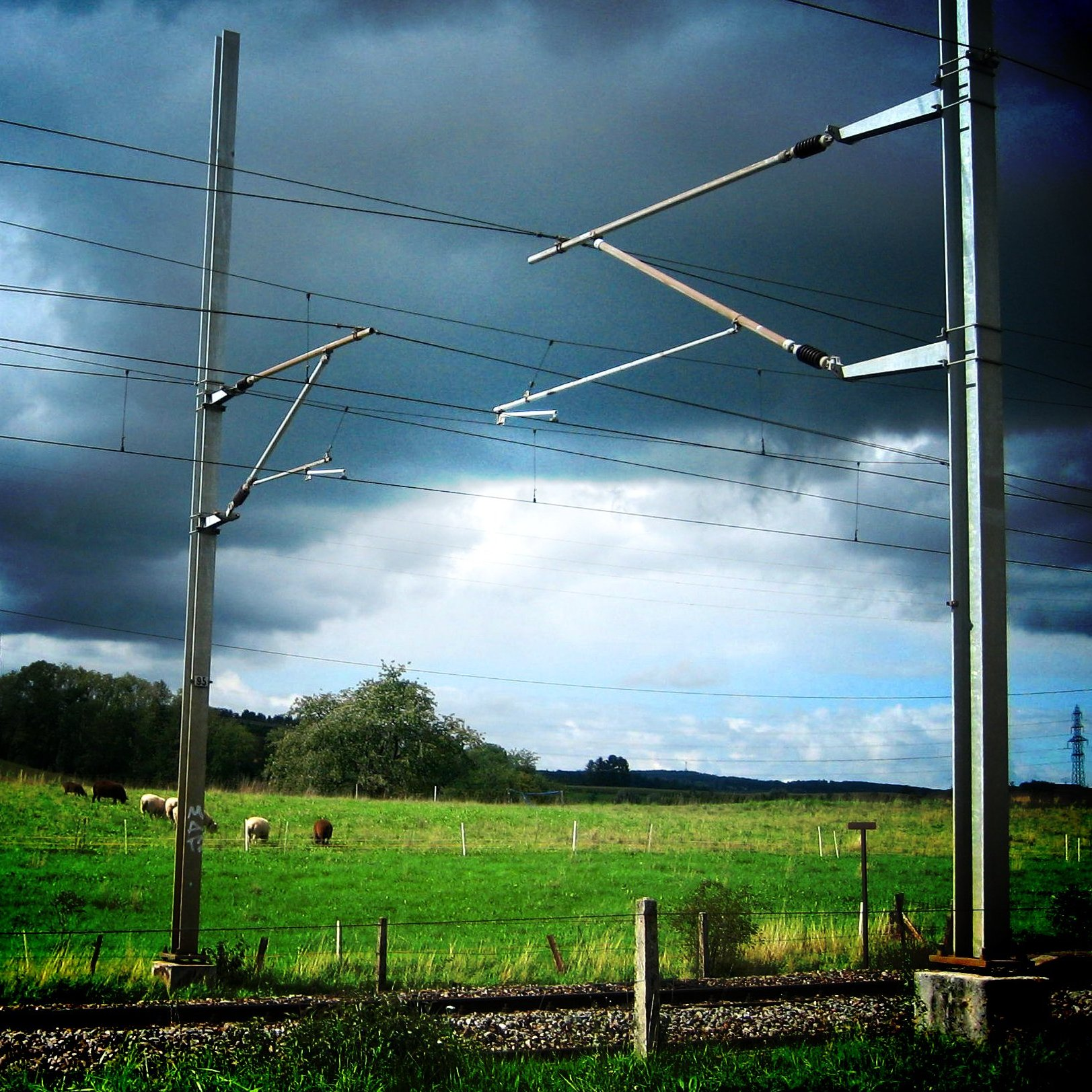 Wiring Diagram Of Network Cable Overhead Line Wikipedia
