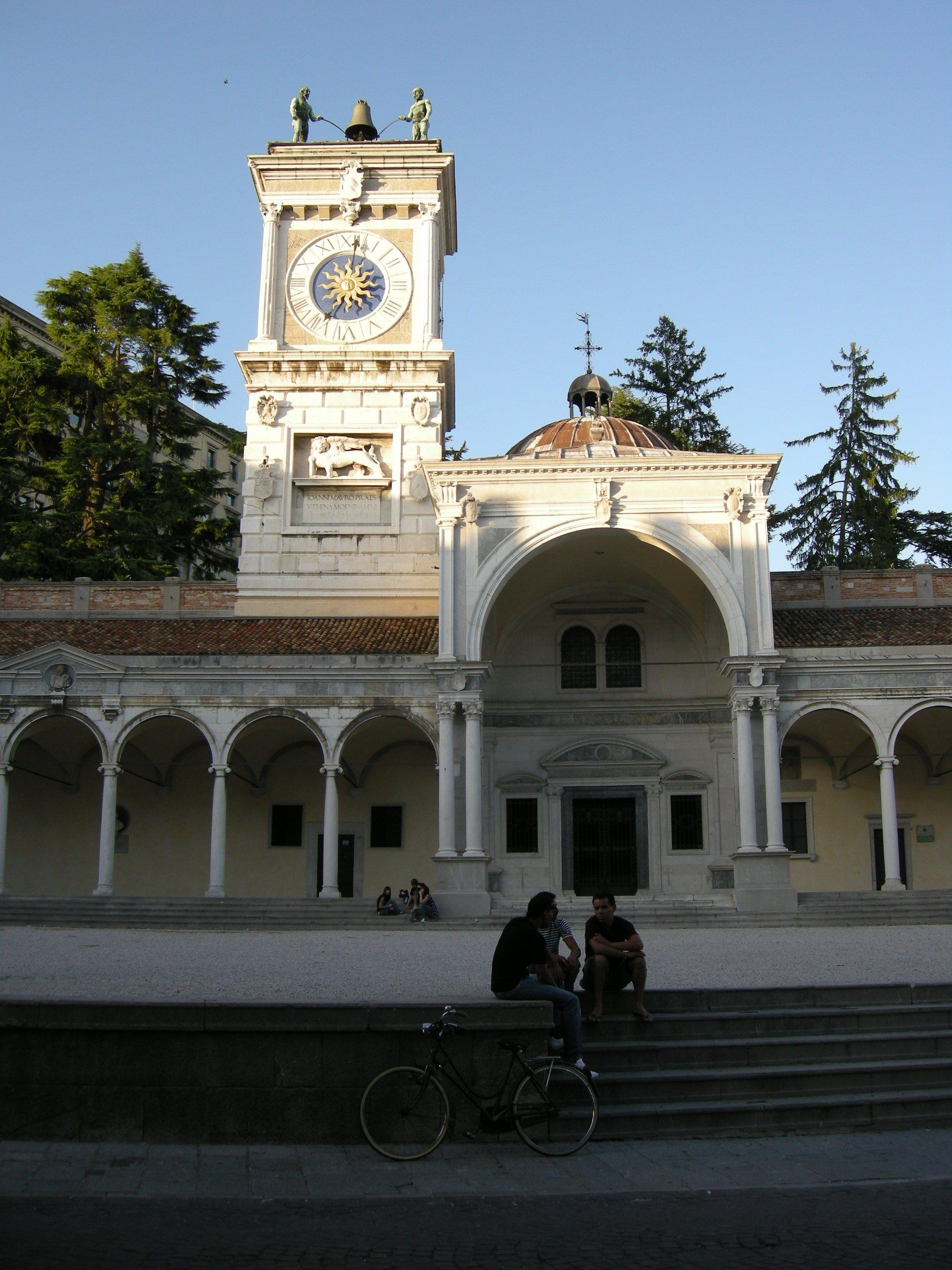 FileUdine piazza della libert torre dellorologio 00JPG  Wikimedia Commons