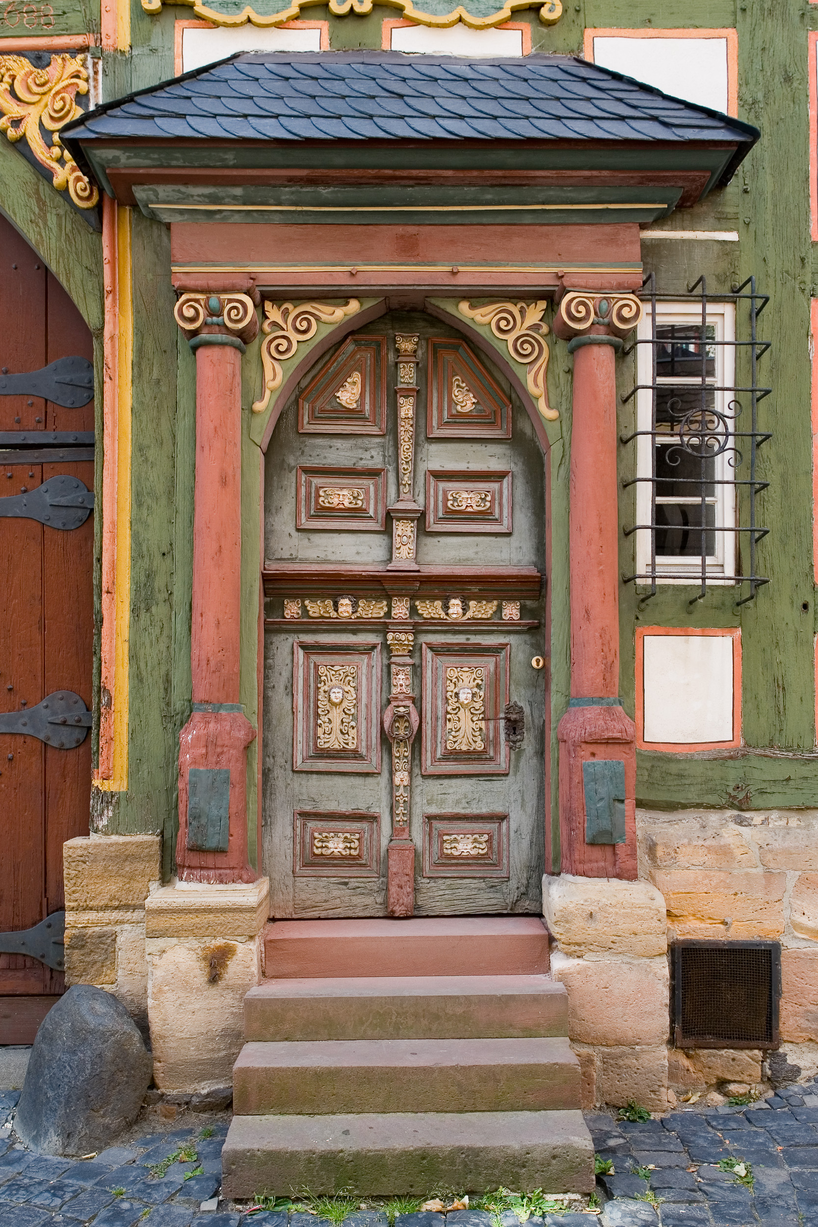 English: Alsfeld: Neurath's house, front door ...
