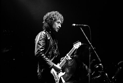 File:Bob Dylan in Toronto1.jpg