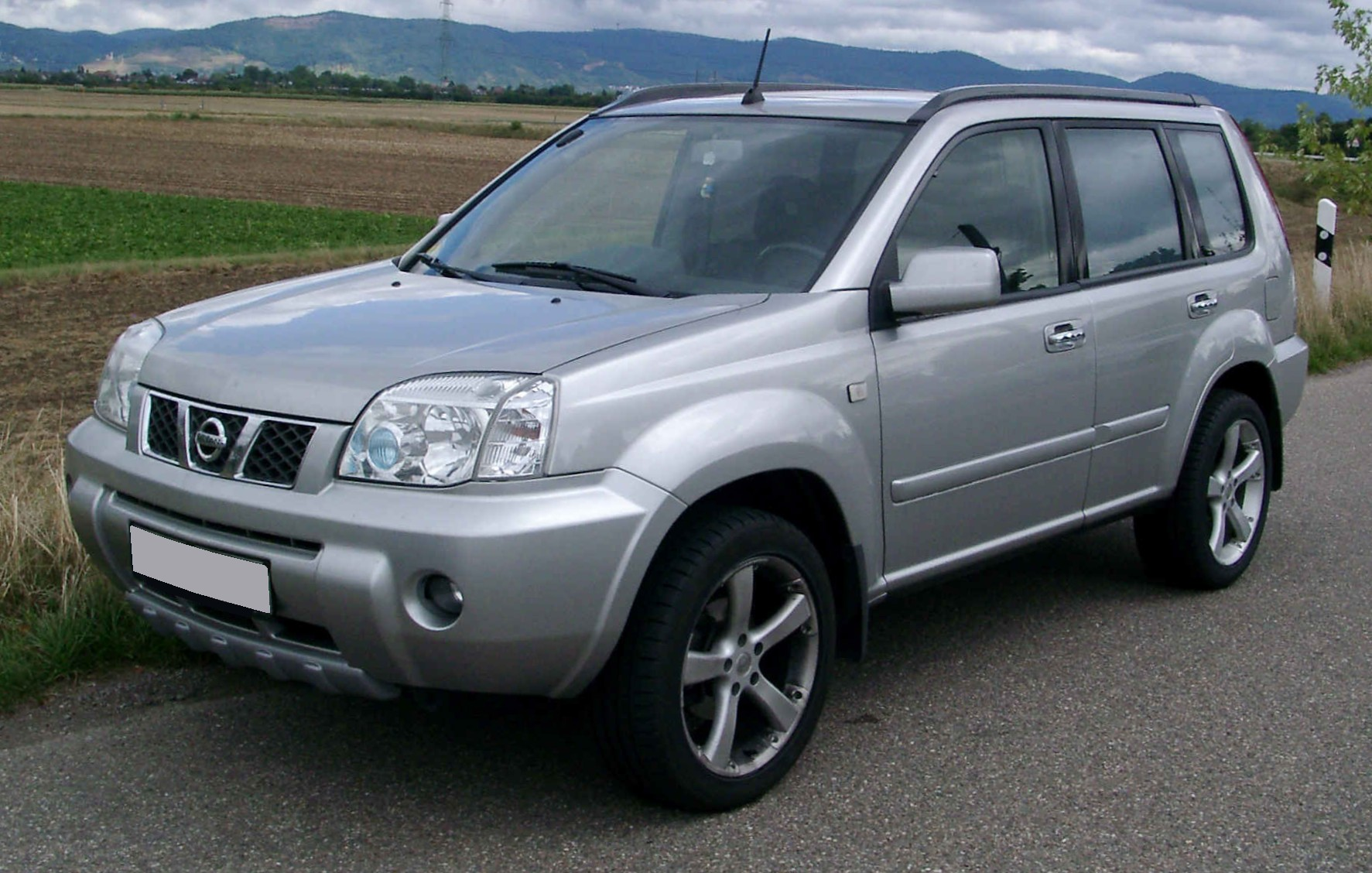 hight resolution of file nissan x trail front 20080808 jpg