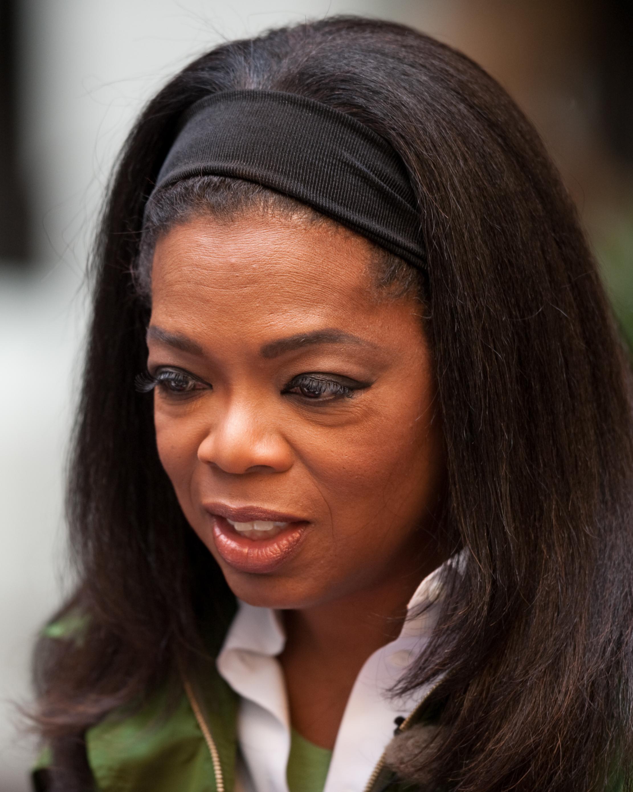 File:Oprah Winfrey in Strøget, Denmark on 30 September 2009 (cropped).jpg - 維基百科,自由的百科全書