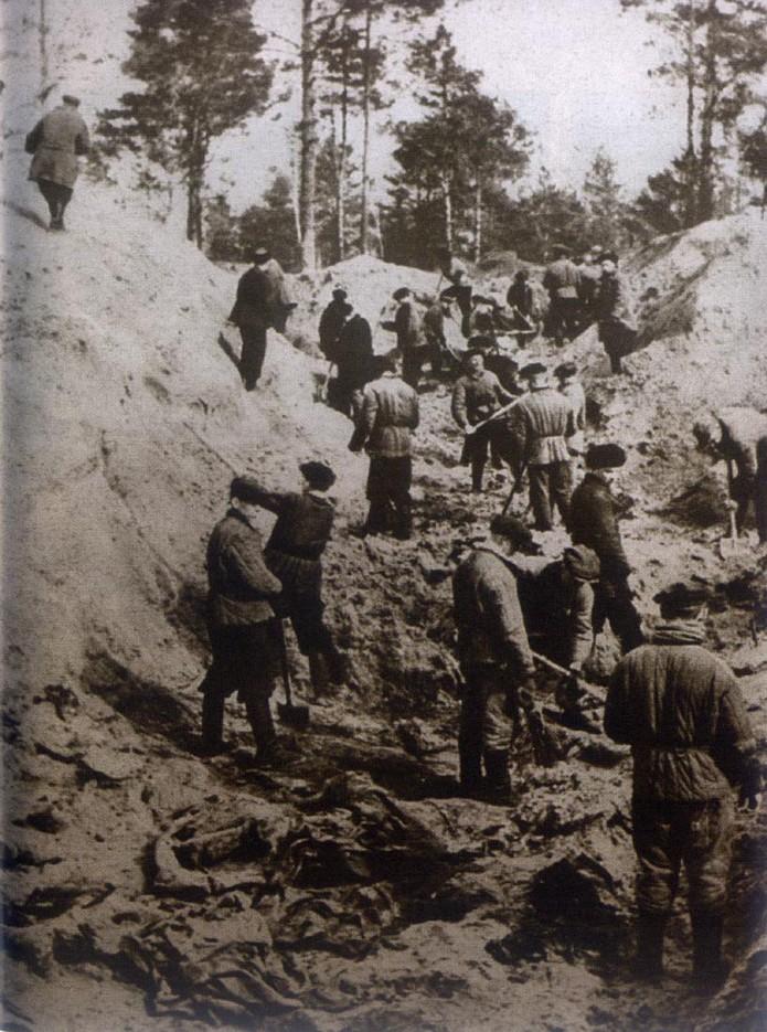 Mass grave, Katyn Forest