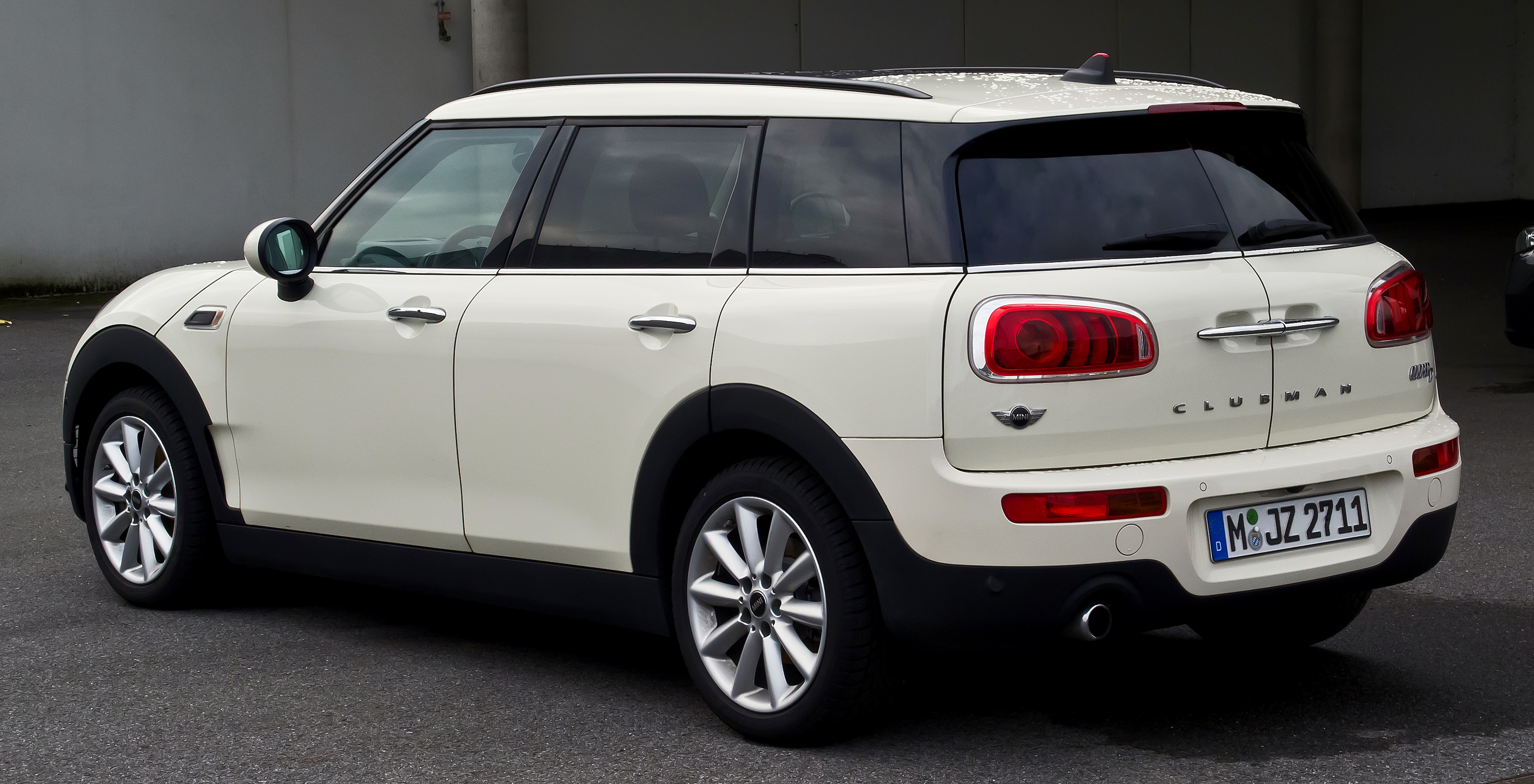 Mini Clubman Wikipedia Autos Post