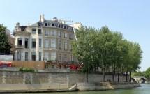 File P1190768 Paris Iv Hotel Lambert Incendie
