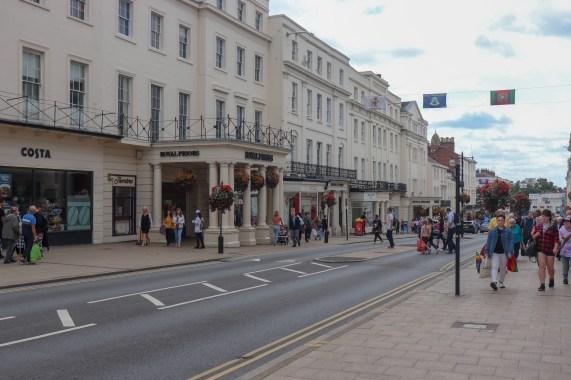 File:The Parade, Leamington Spa (2).jpg - Wikimedia Commons