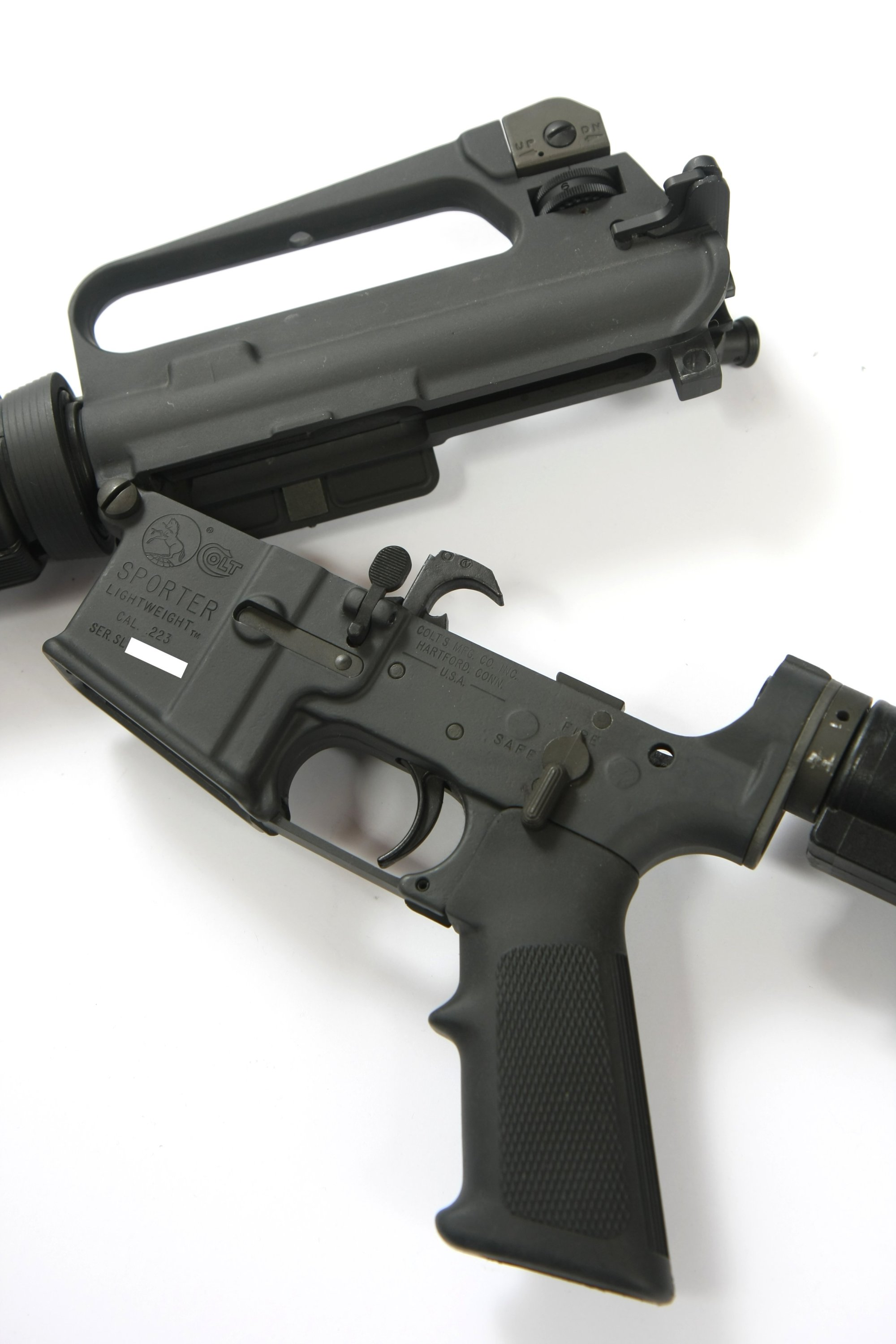 hight resolution of ar 15a2 with the upper and lower receiver opened at the front hinge