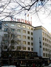 File Hotel Kempinski - Wikimedia Commons