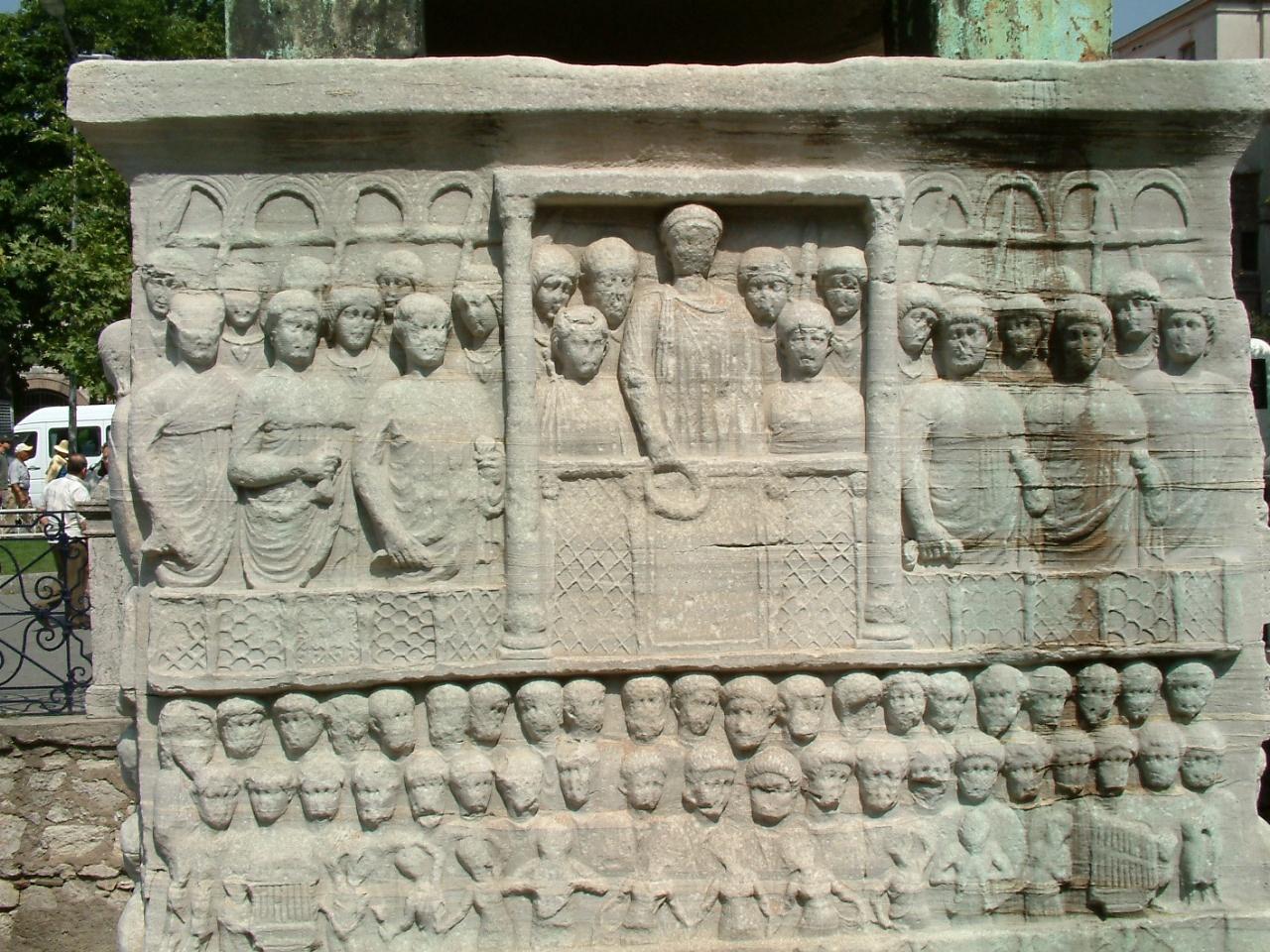 凱尼斯旅行社,古埃及第十八王朝最以尚武著稱的法老(約前1479年4月24日—約前1425年3月11日在位)。臺灣過去曾兩次展出木乃伊,圖簡意賅