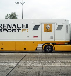 file renault sport f1 truck jpg [ 3444 x 2296 Pixel ]