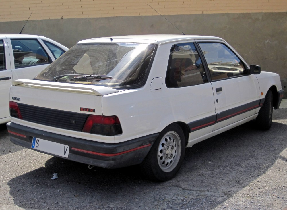 medium resolution of 1989 peugeot 309 gtx a model specific to spain