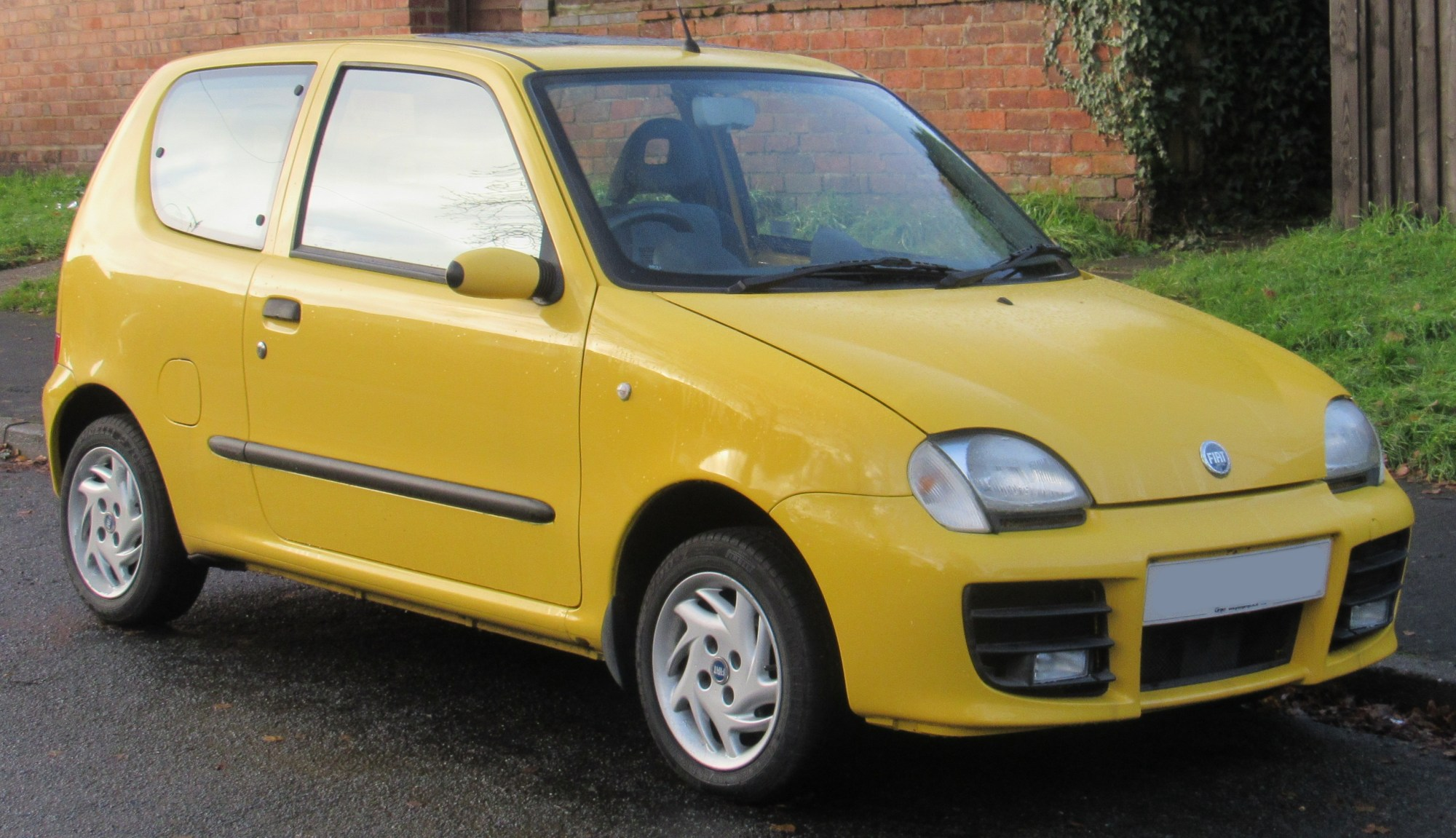 hight resolution of fiat seicento sporting