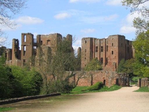 Kenilworth Castle - geograph.org.uk - 103123