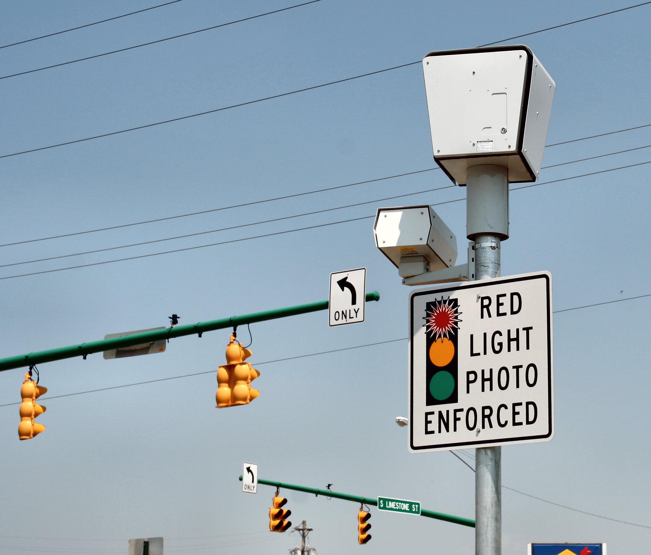 FileRedlightcameraspringfieldohiojpg  Wikimedia Commons
