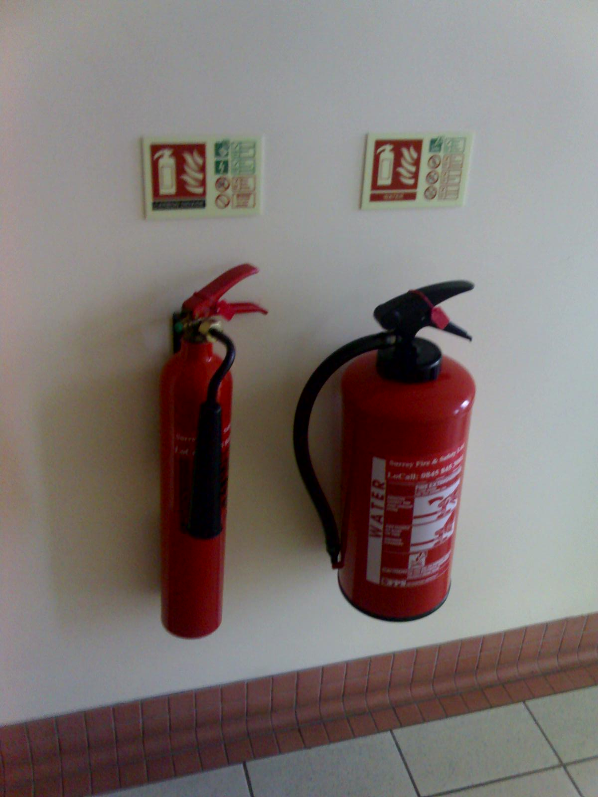 fire extinguisher for kitchen use design stores wiki everipedia