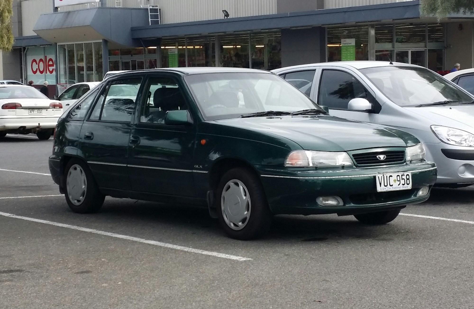 hight resolution of file 1995 1997 daewoo cielo glx 5 door hatchback 17611934438