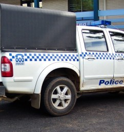 file 2005 holden ra rodeo lt paddy wagon nsw police 5497947675 jpg [ 1935 x 1093 Pixel ]