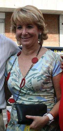 Español: Esperanza Aguirre en una visita a Rip...