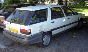 File:Renault 21 Nevada HeckschadenJPG  Wikimedia Commons