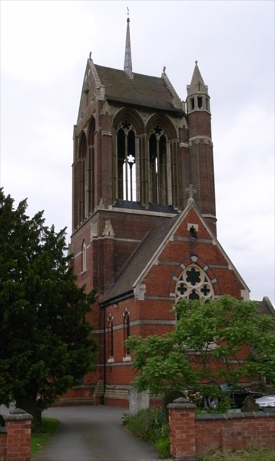 File:St Mary Wythall.jpg - Wikimedia Commons