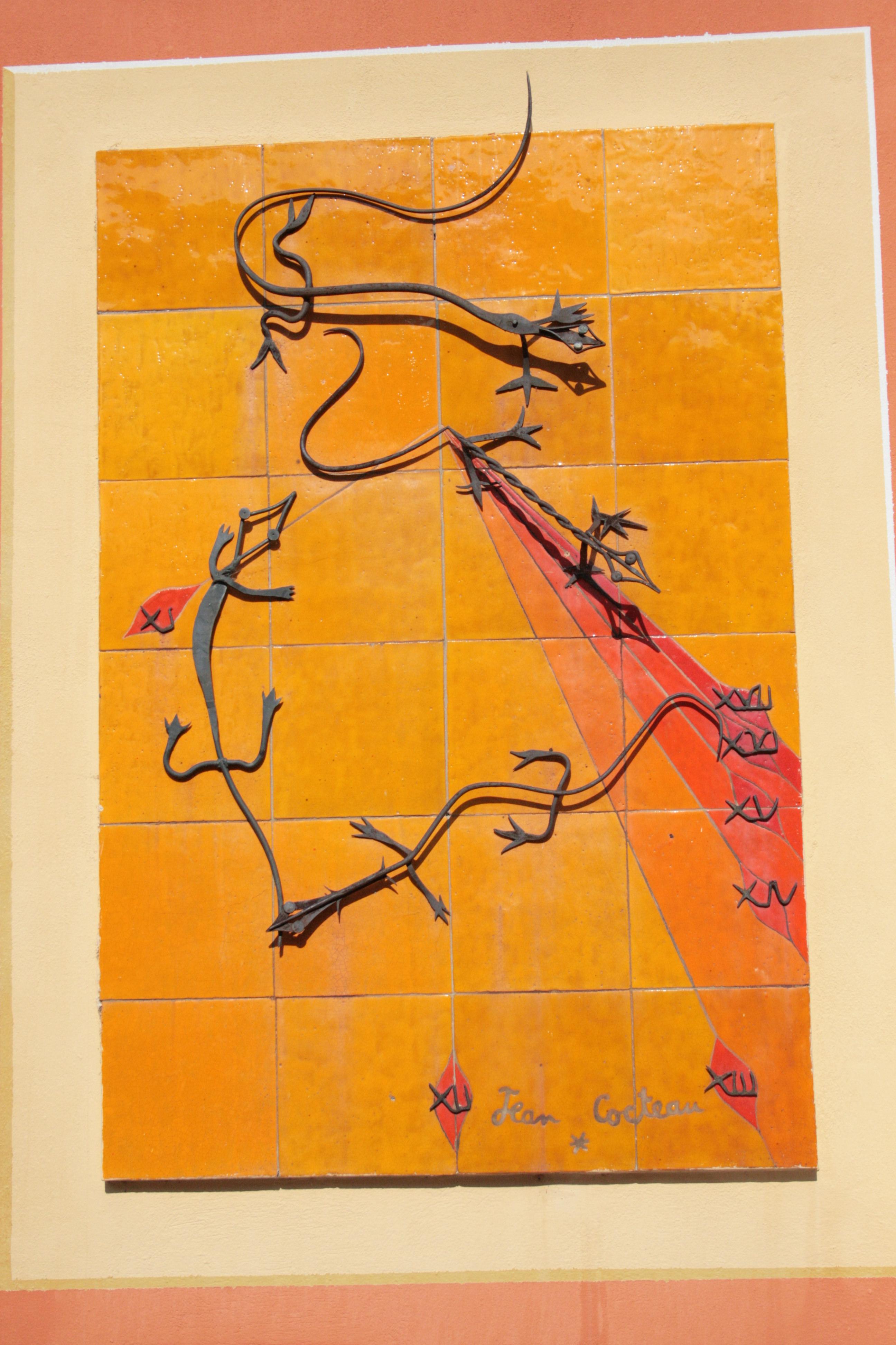 Cadran solaire Les Lézards  de Jean Cocteau à Coaraze