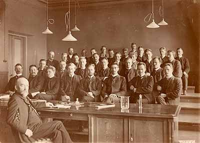 Jyväskylän seminaarin oppilaita