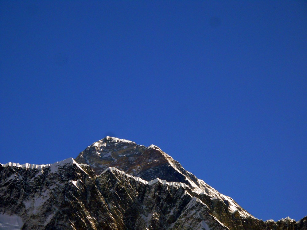 medium resolution of in this pre 2015 view of mount everest the high point is the summit to the right of the summit the southeast ridge slopes down to the hillary step