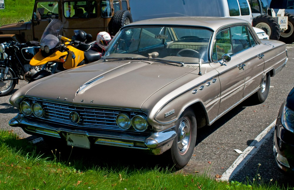 medium resolution of file 1961 buick electra 225 g wich jpg