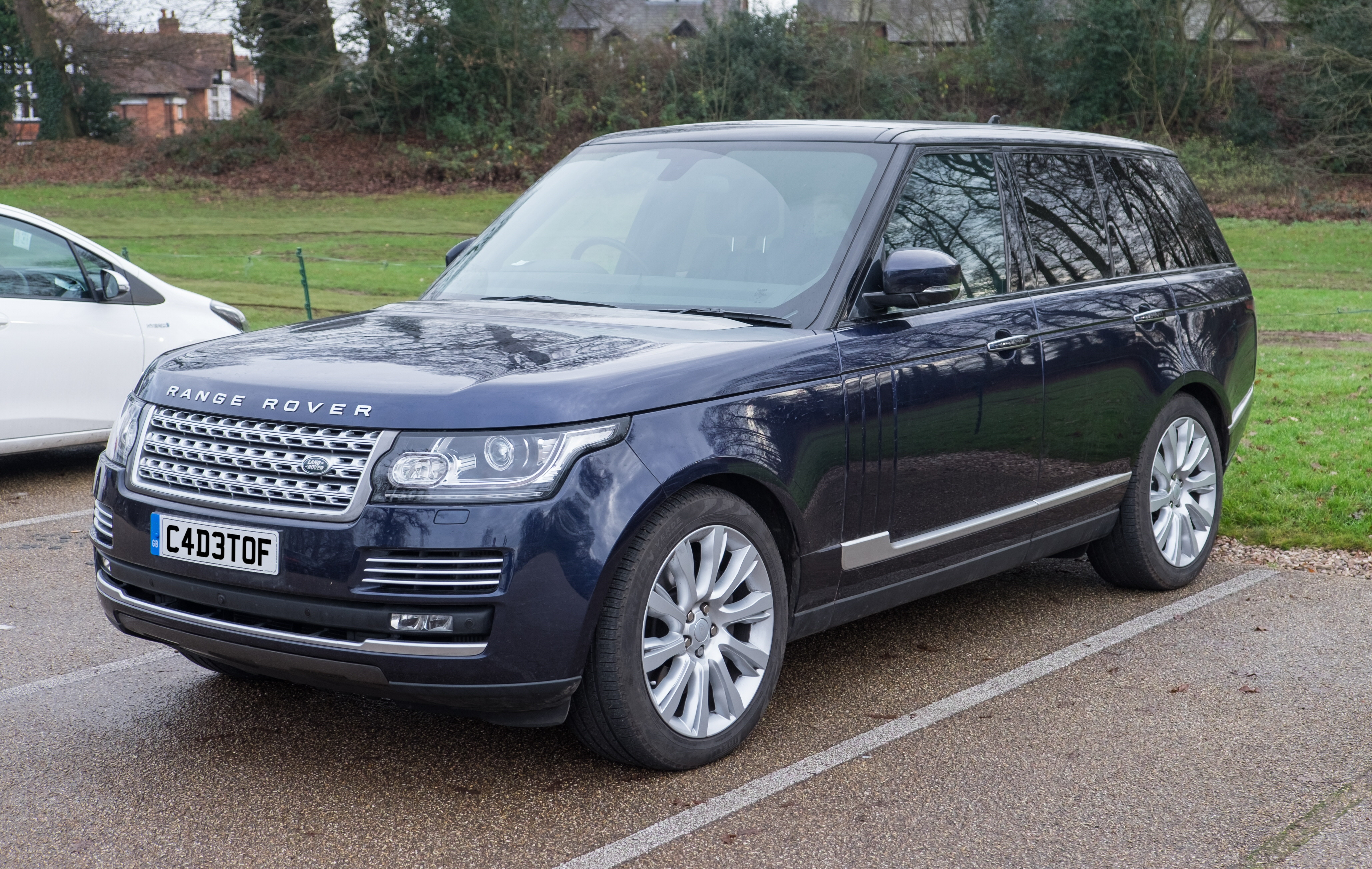 File Land Rover Range Rover Autobiography 2016 Wikimedia mons