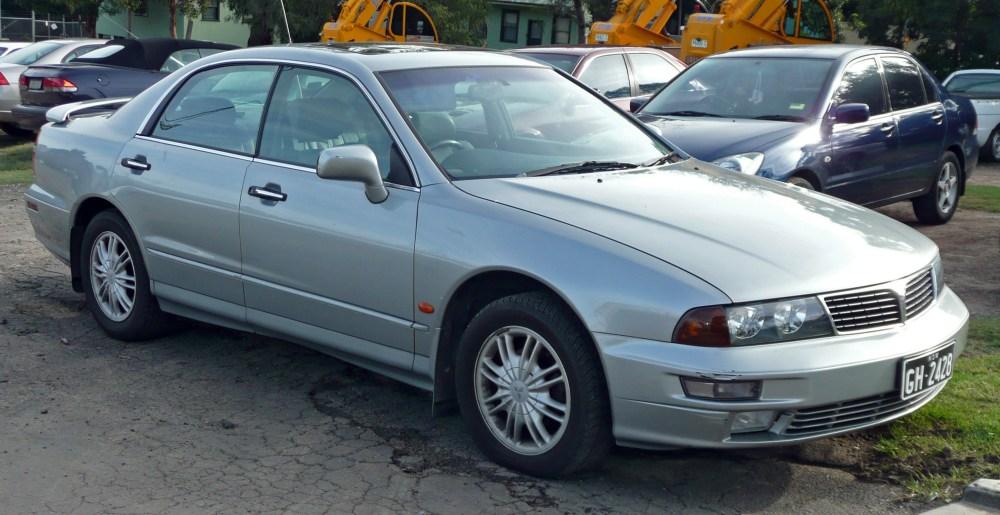 medium resolution of file 1999 2000 mitsubishi kh verada xi sedan 03 jpg