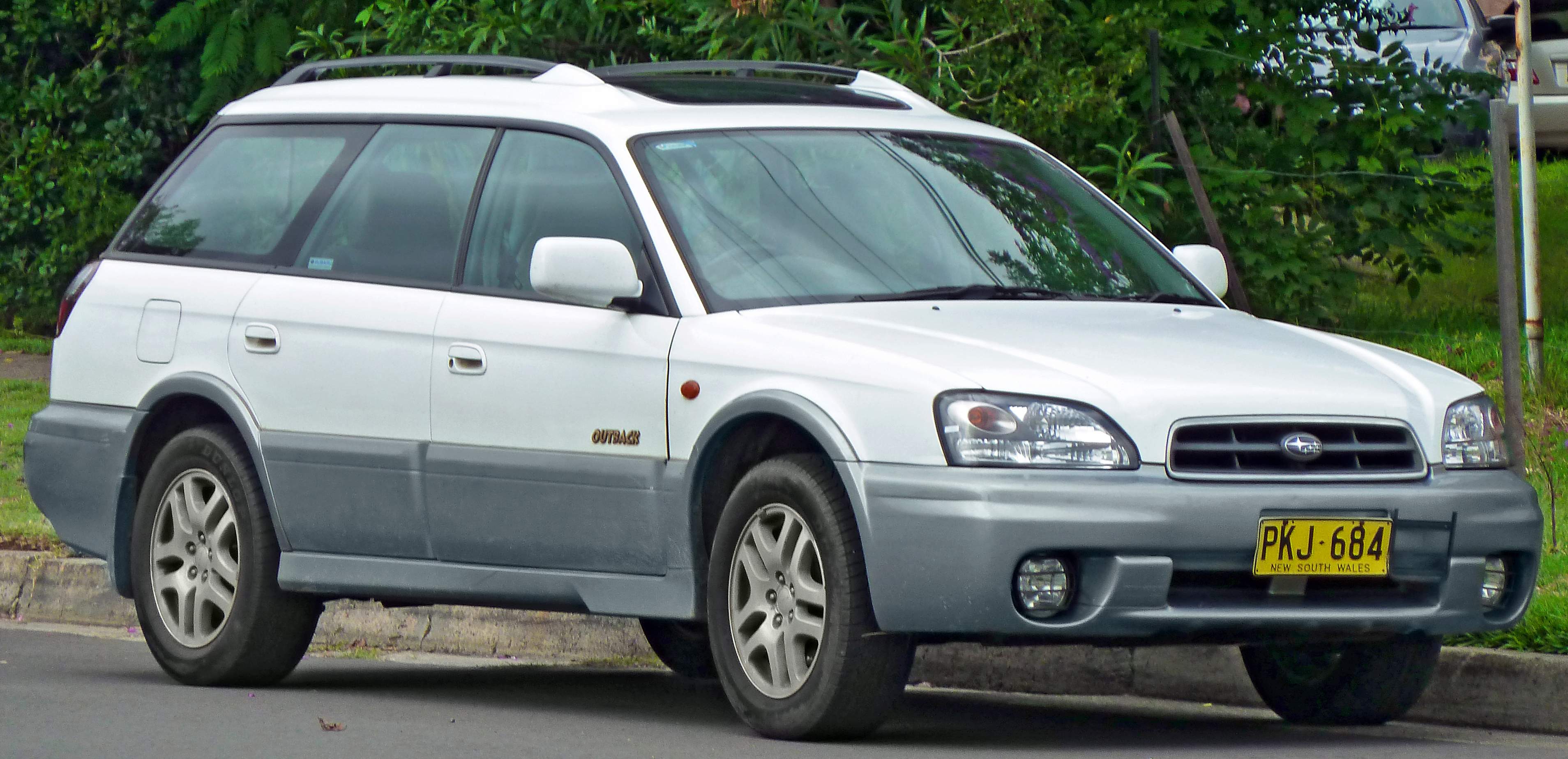 2001 Subaru Outback Review