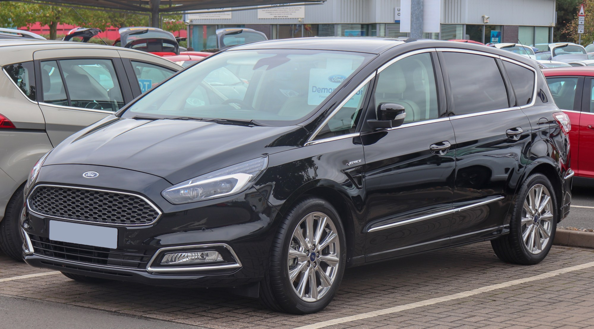 hight resolution of ford s max