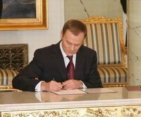 Polski: Donald Tusk, Prezes Rady Ministrów