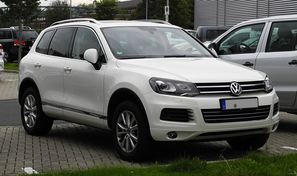 medium resolution of file vw touareg exclusive v6 tdi bluemotion technology ii frontansicht 30