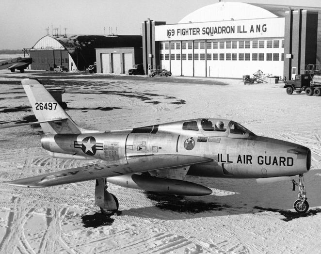 169th Tactical Fighter Squadron Republic F-84F-35-RE Thunderstreak 52-6497.jpg