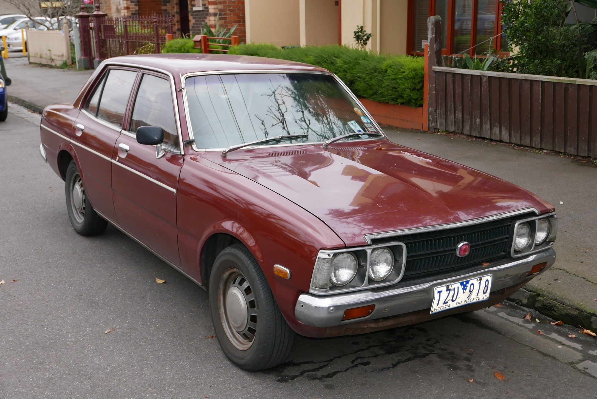 hight resolution of 1975 toyota corona rt104 se sedan 2015 06 18 01